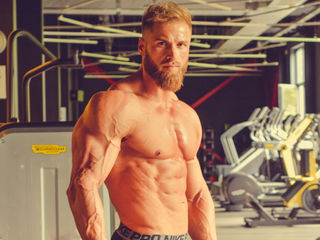 Voir le liveshow de  KaneGriffin de Livejasmin - 29 ans - Muscular guy , ripped and hard