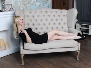 Anzeliika Amazing Cam Girls-I Warm and pliable