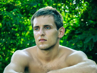 JohnyHotCool