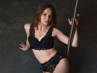 ChikaBeauty -Hello everyone I m a