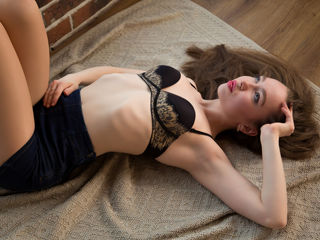 TaylorSexyLips -I am funny girl