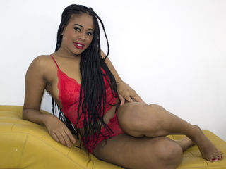 BiancaCherry -LATIN GIRL READY FOR