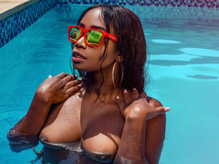 BritanyMoore Ebony Live Cam Screenshot