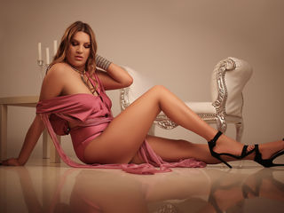 OpheliaWard -Hi I m a sweet lady