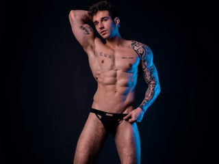 My Model Name Is JeffreyMiami! Romania Is Where I Come From! I'm A Camming Engaging Dude, I Have Brown Hair And 23 Is My Age