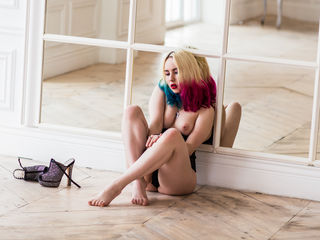 GoldenTemptress Extremely XXX Girls-Hello guys I am very