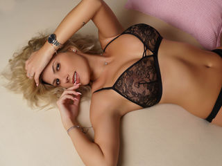 JessicaAvluv - Sweet face with a