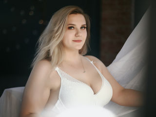 KimmyTastyBoobs -I like to watch how