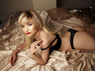 RomanticLara Extremely XXX Girls-I am a blonde lady