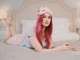 KatarinaRedhair Marvellous Big Tits LIVE!-Hey guy I m glad to