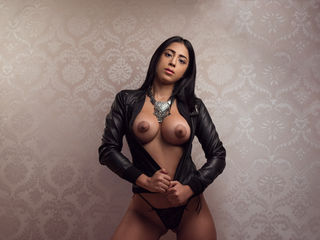 NicollePrado -Hello guys I am