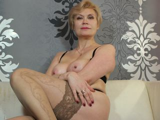 HOTsexyIRENE Live Jasmin-Hello there! If You