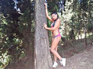 image of shemale cam model valerialatinhorn