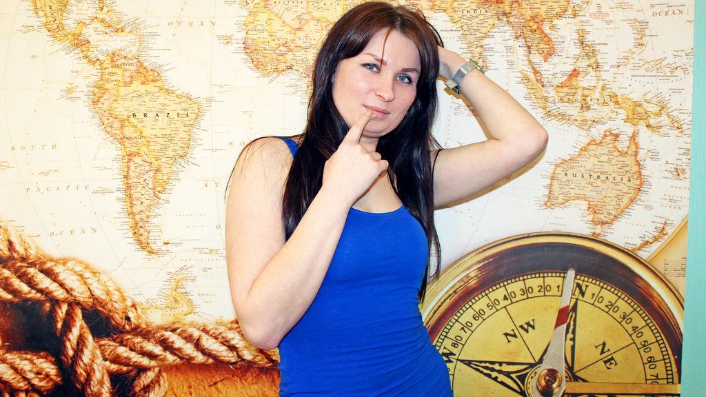 AlanaPerky Jasmin