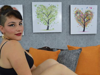 LiamLoving Live cams chat-I am wild woman that