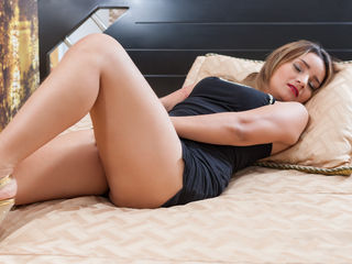 SamanthaPrincee Addicted live porn-Hi my name is