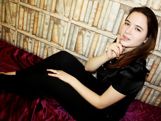 EvelynIcy Marvellous Big Tits LIVE!-I m a nice girl with
