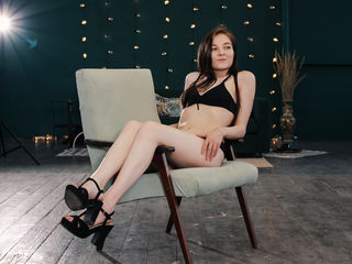 LeslieCuteGirl -I like to watch how