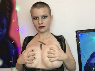 CrystalWave Marvellous Big Tits LIVE!-Hello My name is