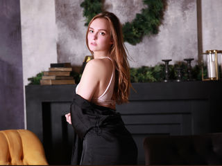 PoppyNikky Tremendous Real Sex chat-I m really good when