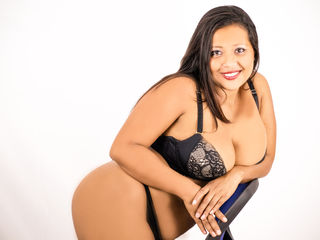Voir le liveshow de  LITTLELATINSEX de Livejasmin - 21 ans - Hello there! If You see me on-line that means I'm as horny as hell - since I come on-line ...