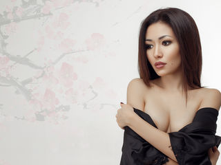 FaizaFai Sexy Girls-id like to be kissed