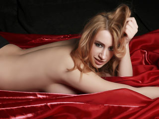 FriendlyAnnelise Masturbate live-I m a honest sweet