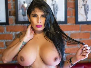 BellaBonetti Masturbate live-I have a hot temper