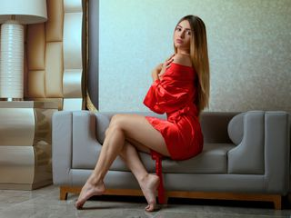 InnaBlair Marvellous Big Tits LIVE!-Hi guys I m
