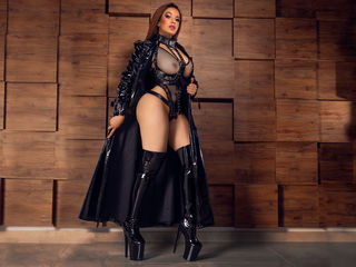 MeryGlass Marvellous Big Tits LIVE!-Welcome home I m