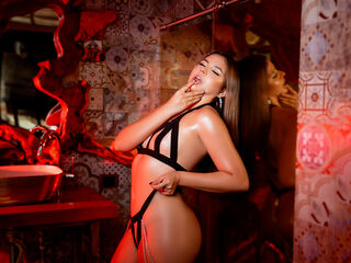 AndreaDiLucca ,  girl Cams , I love cats, I like to feel cared for and pampered