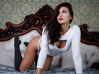 IvonRenee Latina Webcams