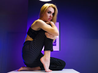 MonikaRay -I am very open and