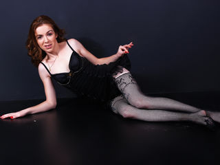 EllaDevil Marvellous Big Tits LIVE!-Hey guys My name is