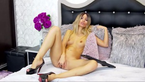 RoseWine Is Ready To Add Her Special Flavour To It Livecam