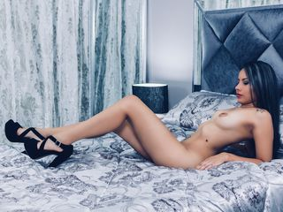 MelanyRiveiro Adults Only!-Hi my loves I m new