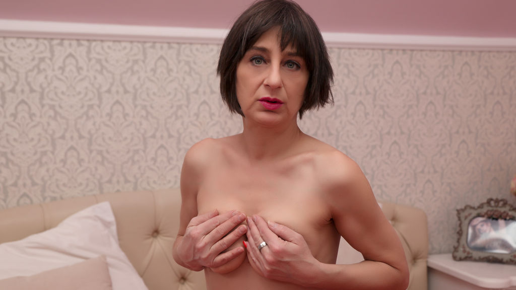 Watch the sexy MadameLoverXx from LiveJasmin at GirlsOfJasmin