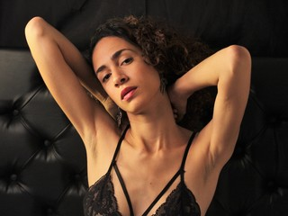 Webcam model ThaliaHenndrix from Web Night Cam