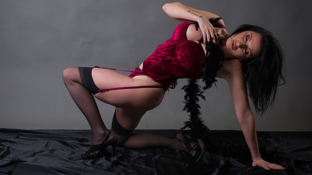 IvyDesire LiveJasmin Webcam Model