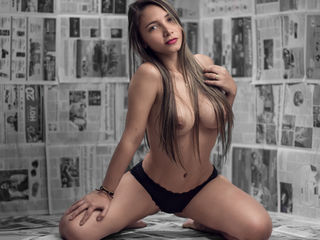 Webcam model SexyLitGirl from Web Night Cam