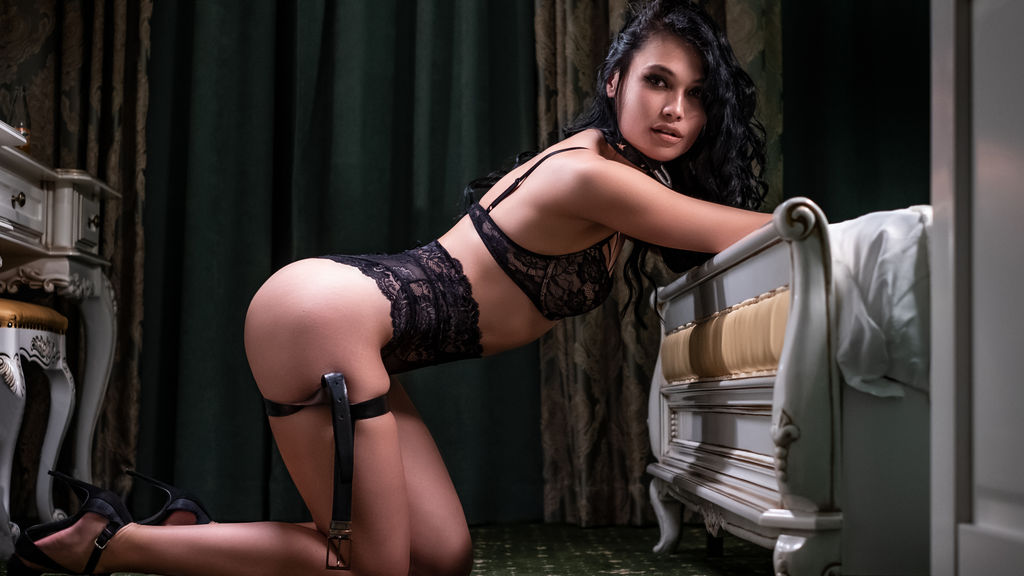 Watch the sexy MazeBanks from LiveJasmin at GirlsOfJasmin