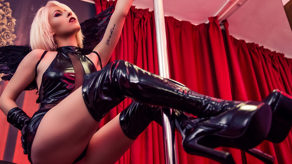 Watch the sexy MissRixye from LiveJasmin at GirlsOfJasmin
