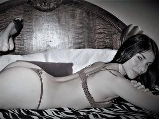 Webcam model laurenmckenzie from Web Night Cam