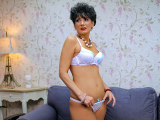 Webcam model MeganMILF from Jasmin