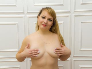 HotSunnyBlonde Adults Only!-