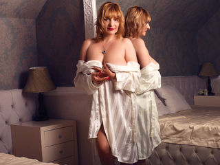 VIVO.webcam JaneMays (52) MILF with normal breasts