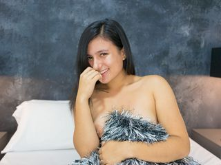 EmmilyCruz Sex-I am a sweet girl ,