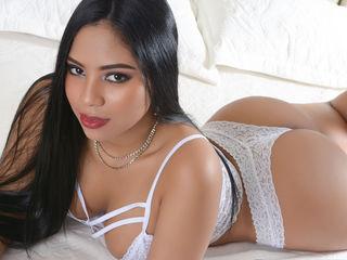 Horny SelenaBella