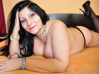 xMaleficentx Adults Only!-i can show my