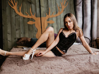 AttractiveEmma Sex-Hi dear! I am very